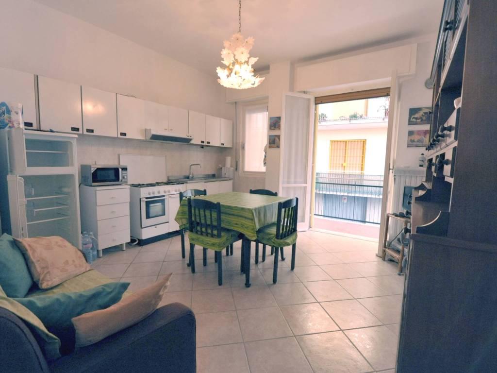 foto cucina Bilocale via Marco Polo 3, Loano