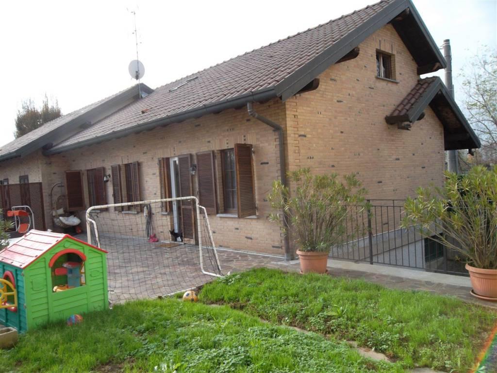 Via Trincea Delle Frasche Desio vendita villa unifamiliare in via trincea delle frasche