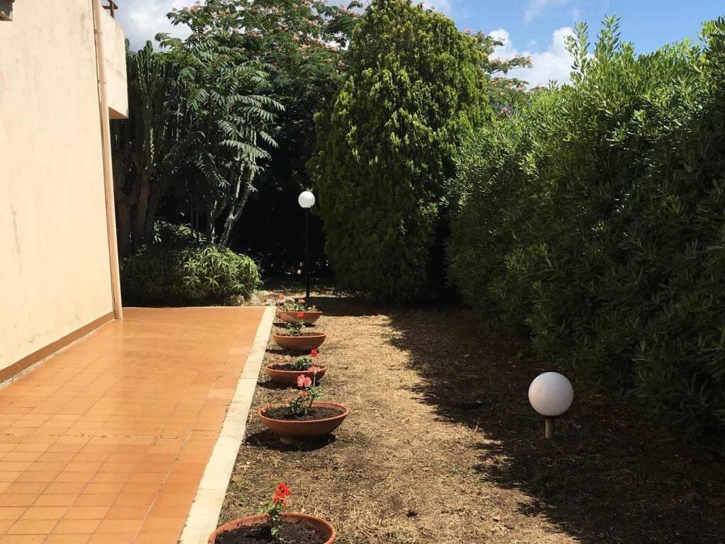 foto  Villa plurifamiliare Strada B, San Lucido