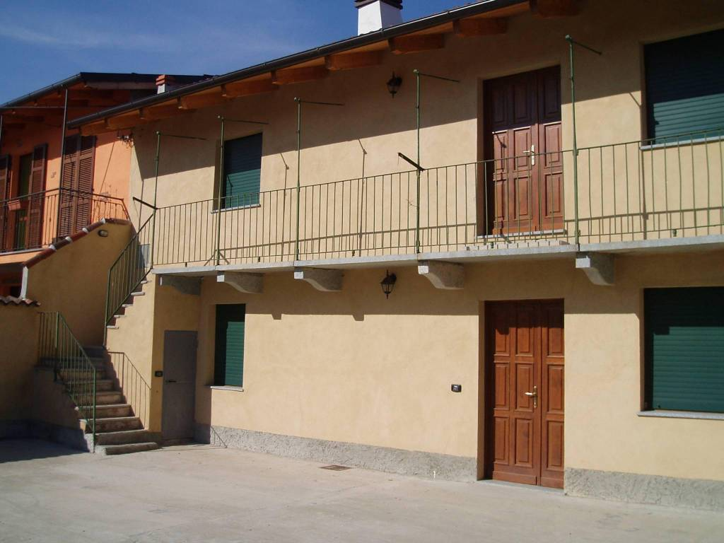 foto  Villa bifamiliare via Dante Alighieri, Ronsecco