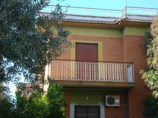 Foto - Bilocale via Terenzio Varrone, Passo Corese, Fara in Sabina