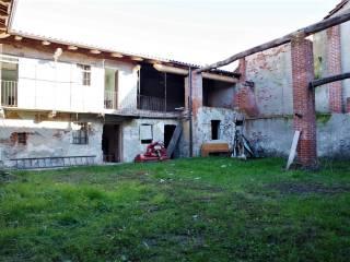 Foto - Casa indipendente 195 mq, da ristrutturare, Montalenghe