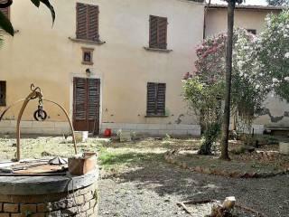 Foto - Palazzo / Stabile via Vittorio Veneto 3, Bettolle, Sinalunga