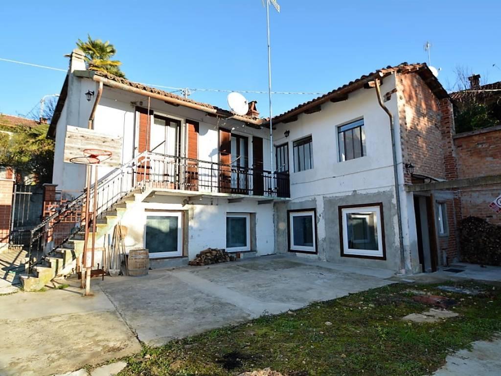 Foto 1 di Appartamento Via Vernassa8, Passerano Marmorito