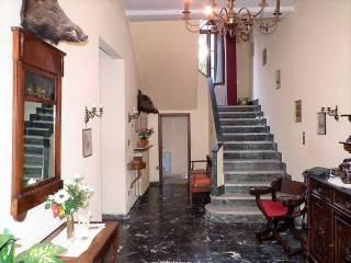Foto - Casa indipendente 180 mq, da ristrutturare, Cecina