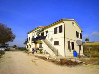 Foto - Casa indipendente Località Castellano, Montecosaro