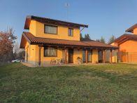 Villa Vendita Carrù