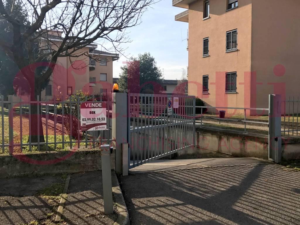 foto Facciata Car box / Garage via Serenella, Garbagnate Milanese
