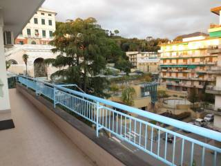 Foto - Trilocale via della Maona, Pegli, Genova