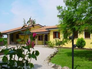 Foto - Villa via Spizzene, Giacciano con Baruchella
