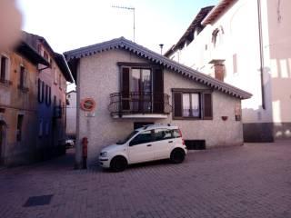 Foto - Casa indipendente via Balbi 2, Cavagnano, Cuasso al Monte