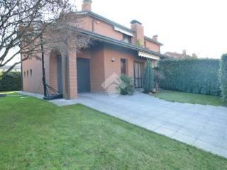 Foto - Villa via Cristoforo Colombo, 24, Bernareggio