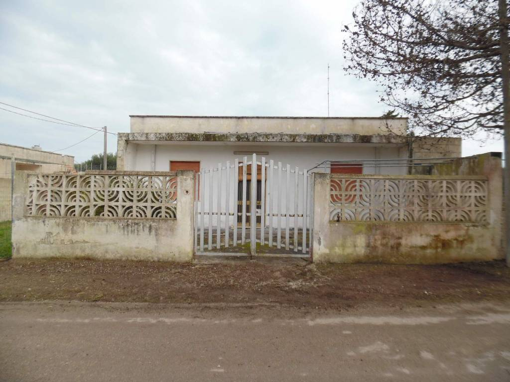 foto  Villa unifamiliare, buono stato, 90 mq, Melendugno