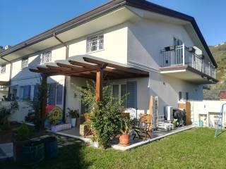 Foto - Casa indipendente via Giovanni Pascoli 30, Carrara