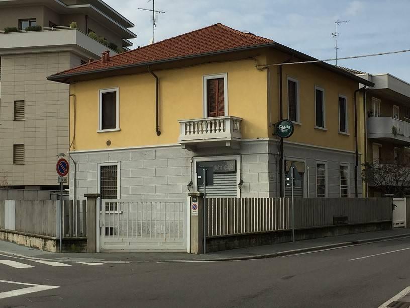 foto  Villa unifamiliare via Bollate 21, Novate Milanese
