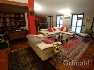 Photo - Penthouse excellent condition, 230 sq.m., Vermezzo con Zelo