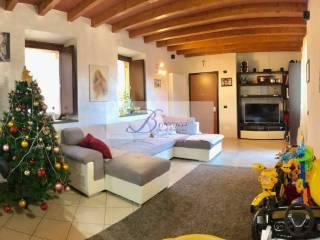 Foto - Trilocale ottimo stato, piano terra, Cavagnano, Cuasso al Monte