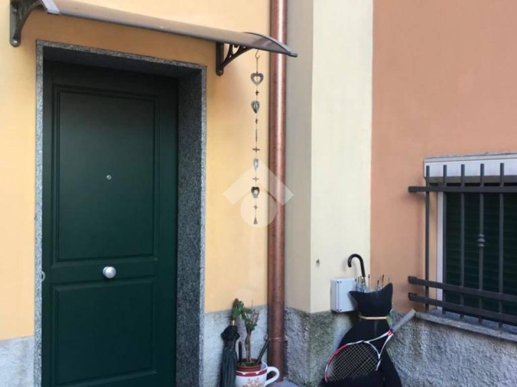Vendita Porte A Genova vendita appartamento genova. trilocale in via fondocrosa, 23