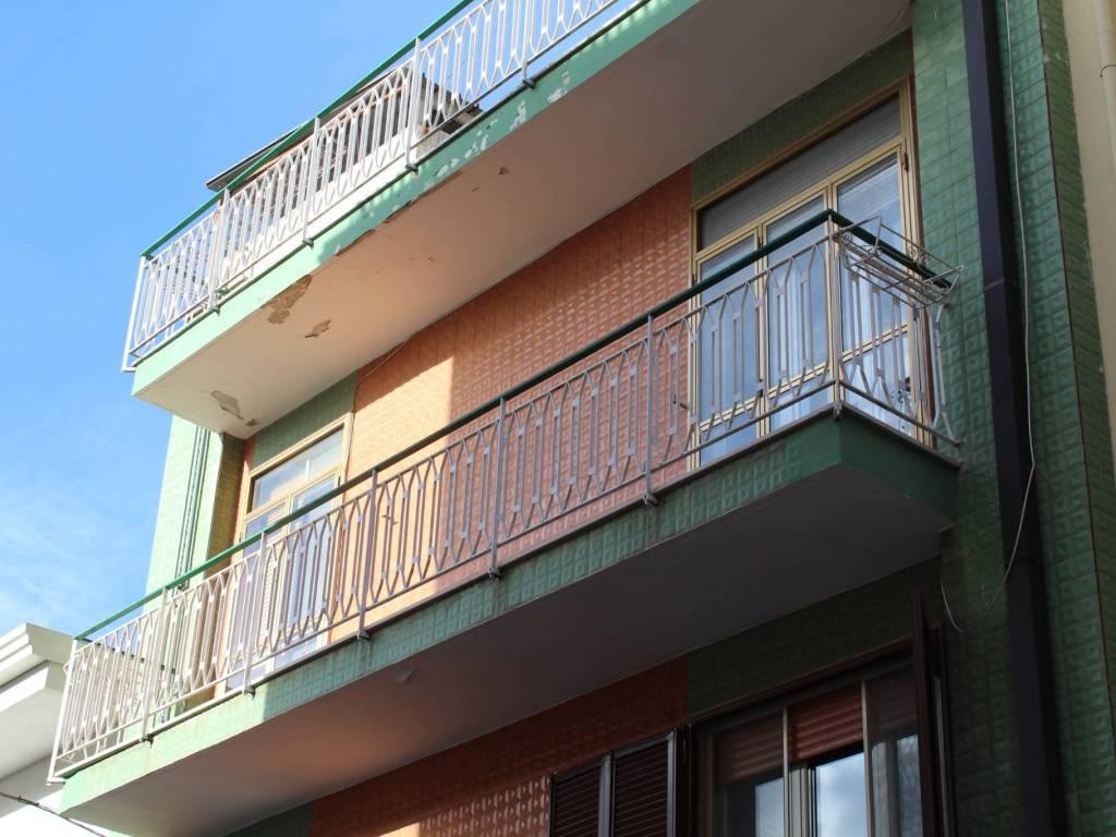 foto  Appartamento buono stato, secondo piano, Santeramo in Colle