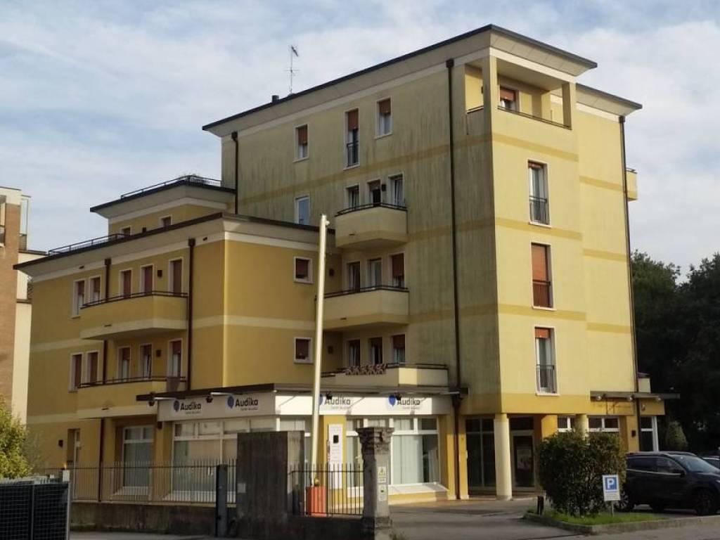 Affitto appartamento vicenza monolocale buono stato su for Monolocale arredato affitto vicenza