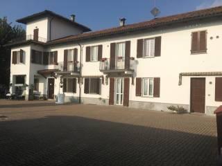 Photo - Farmhouse frazione Quarto Superiore, Quarto - Valenzani, Asti