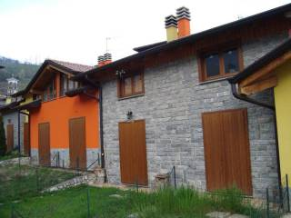 Photo - Terraced house 3 rooms, new, Val Brembilla