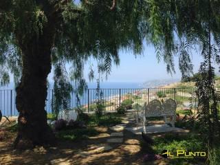 Foto - Villa unifamiliare, ottimo stato, 670 mq, Poggio, Sanremo