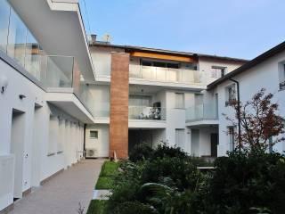 Foto - Quadrilocale via Mentana 10, Regina Pacis - Borsa, Monza