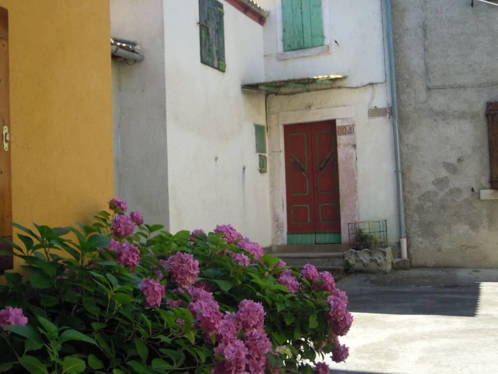 foto  Rustico via Casine 104, Montecreto