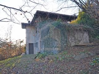 Foto - Cascina via Valzello, Losine