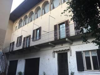 Foto - Stabile o palazzo piazza Cesare Battisti, Bolzano Novarese