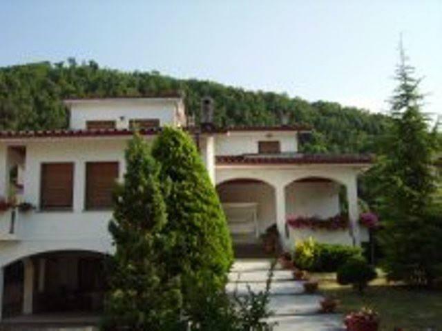 foto villa Villa plurifamiliare via Roma, Frontone