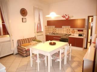 Foto - Villa bifamiliare via Luigi Carlo Farini 30, Pilastri, Bondeno