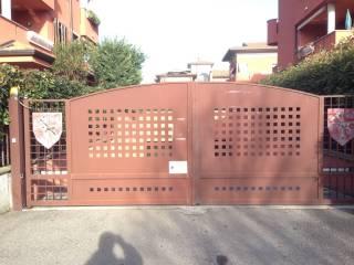 Foto - Box / Garage via 4 Novembre 385, Caronno Pertusella