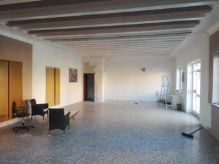 Immobile Affitto Cocquio-Trevisago
