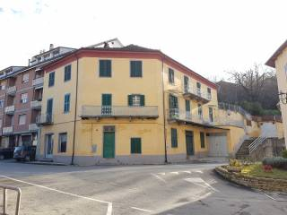 Photo - 3-room flat to be refurbished, first floor, Cossano Belbo