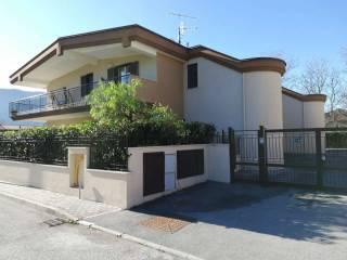 Foto - Appartamento nuovo, piano rialzato, Arienzo