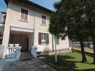 Foto - Trilocale piazza Rossi 1, Orino