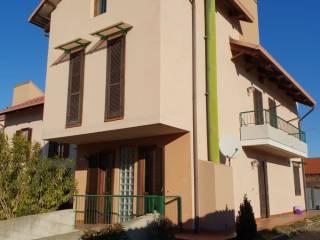 Photo - Multi-family villa via Ines Magnoni, Villanova Canavese