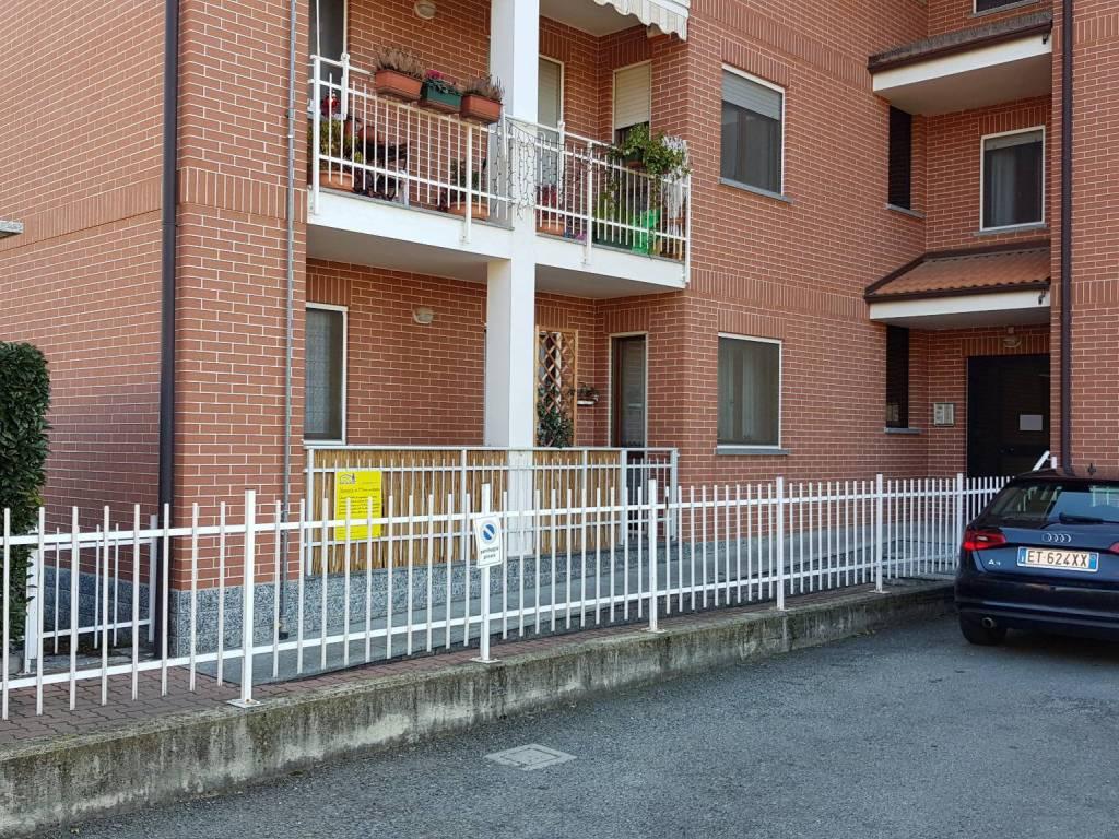 foto Ingresso 4-room flat via Europa 22, Nole