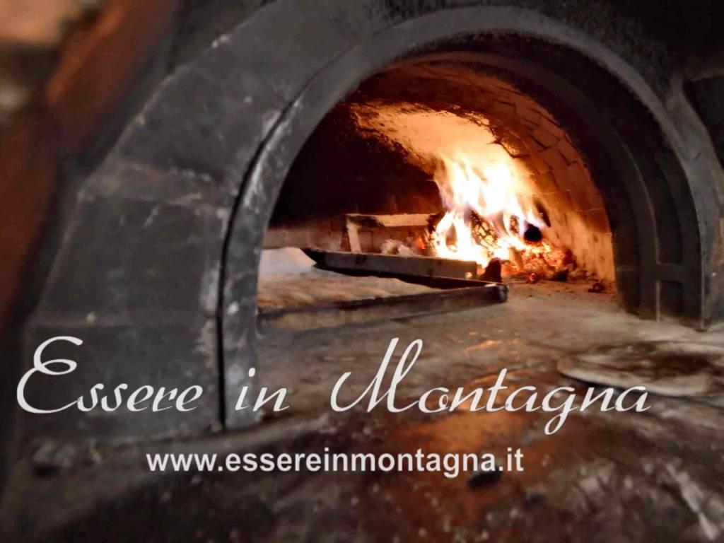 foto Forno pizzeria Negozio in Vendita a Lizzano in Belvedere
