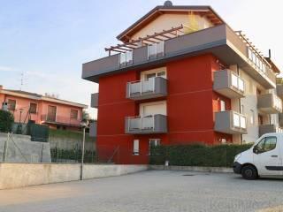 Foto - Bilocale Località Rovascio 41, Tavernerio