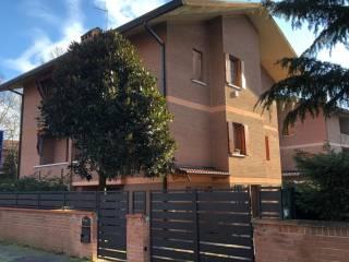 Foto - Villa bifamiliare via Caduti di Cefalonia, Ippodromo, Ferrara