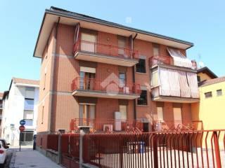 Foto - Bilocale via roma, 24, Volpiano