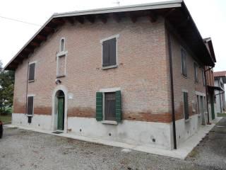 Foto - Casa indipendente via Montecarbone, Imola