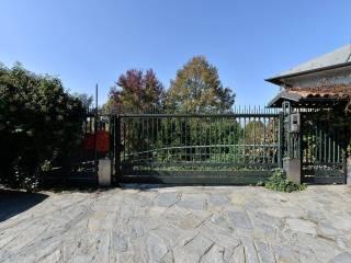 Case in affitto a cavoretto gran madre torino for Affitto moncalieri privato arredato