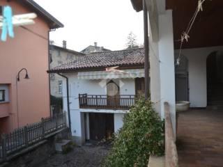 Foto - Casa indipendente via Cardinal Ferrari, 31, Grumello del Monte
