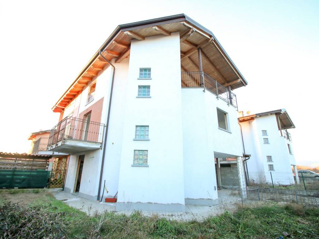 foto ESTERNO Terraced house via Galliano, Foglizzo