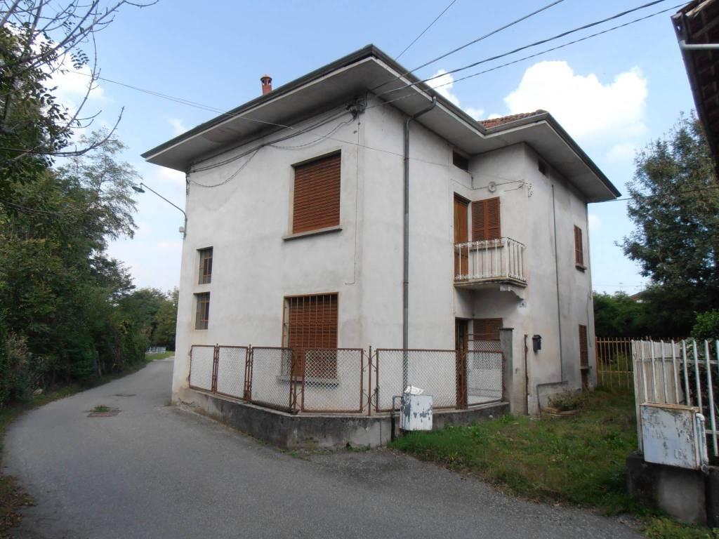 foto esterno Single family villa via Molino della Resiga 6, Fontaneto d'Agogna