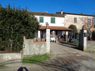 Case in vendita in provincia di pistoia - Case in vendita pistoia giardino ...